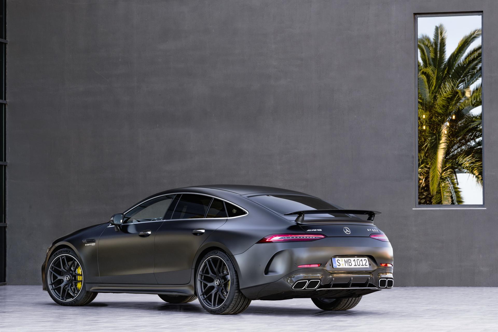 Mercedes-AMG GT 4 portes : 3 modèles et 4 portes !